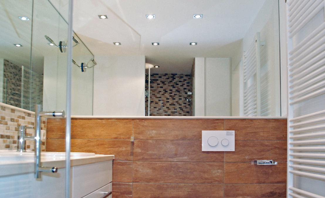 Duschbad einer ferienwohnung innenarchitekt in m nchen for Innenarchitekt werden