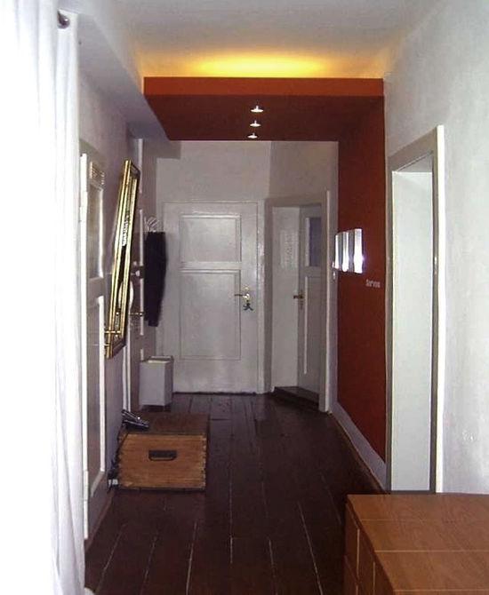 eingangsbereich mit anhangdecke innenarchitekt in. Black Bedroom Furniture Sets. Home Design Ideas