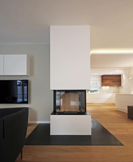 Innenarchitekt Und Interior Designer Andreas Ptatscheck, München, Behandelt  Das Thema Kamin Im Zusammenhang Mit
