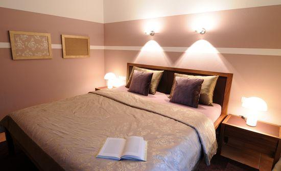 Schlafzimmer in einem Landhaus | Innenarchitekt in München - Andreas ...