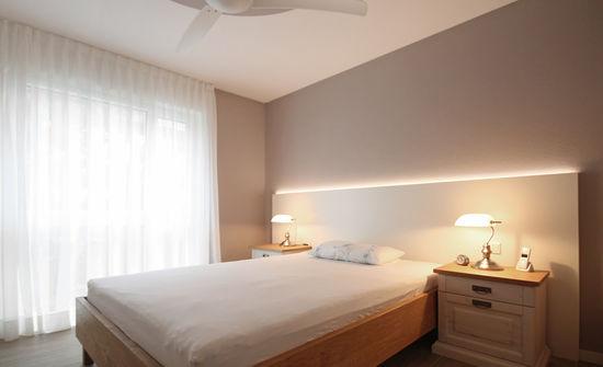 Schlafzimmer einer Singlewohnung | Innenarchitekt in München ...