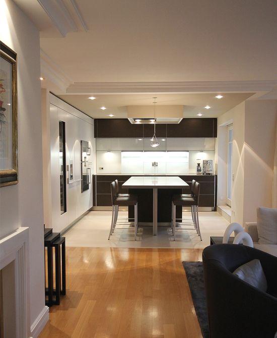speisebereich mit kochinsel innenarchitekt in m nchen. Black Bedroom Furniture Sets. Home Design Ideas