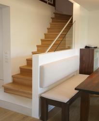 treppe in einem reihenhaus innenarchitekt in m nchen andreas ptatscheck. Black Bedroom Furniture Sets. Home Design Ideas