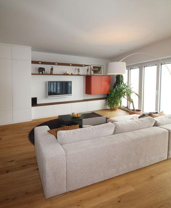 Wohnbereich einer maisonetteswohnung innenarchitekt in for Innenarchitekt in