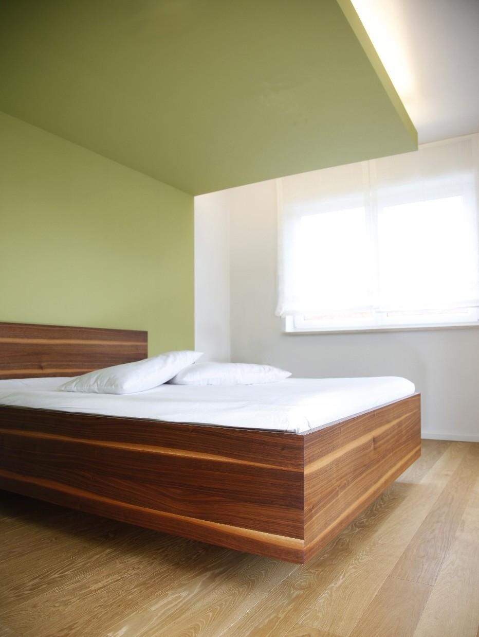Wandfarbe schlamm schlafzimmer doppelbett ein oder zwei lattenroste schlafzimmer dachschr ge Schlafzimmer streichen farbe